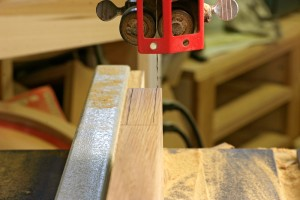 Set the Bandsaw fence to the inner tooth