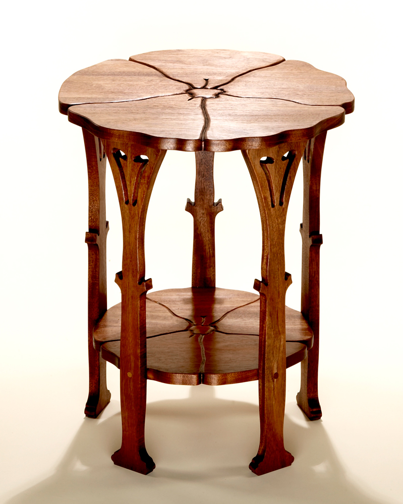 Stickley poppy table a favorite from classic arts crafts for Arts and crafts style table